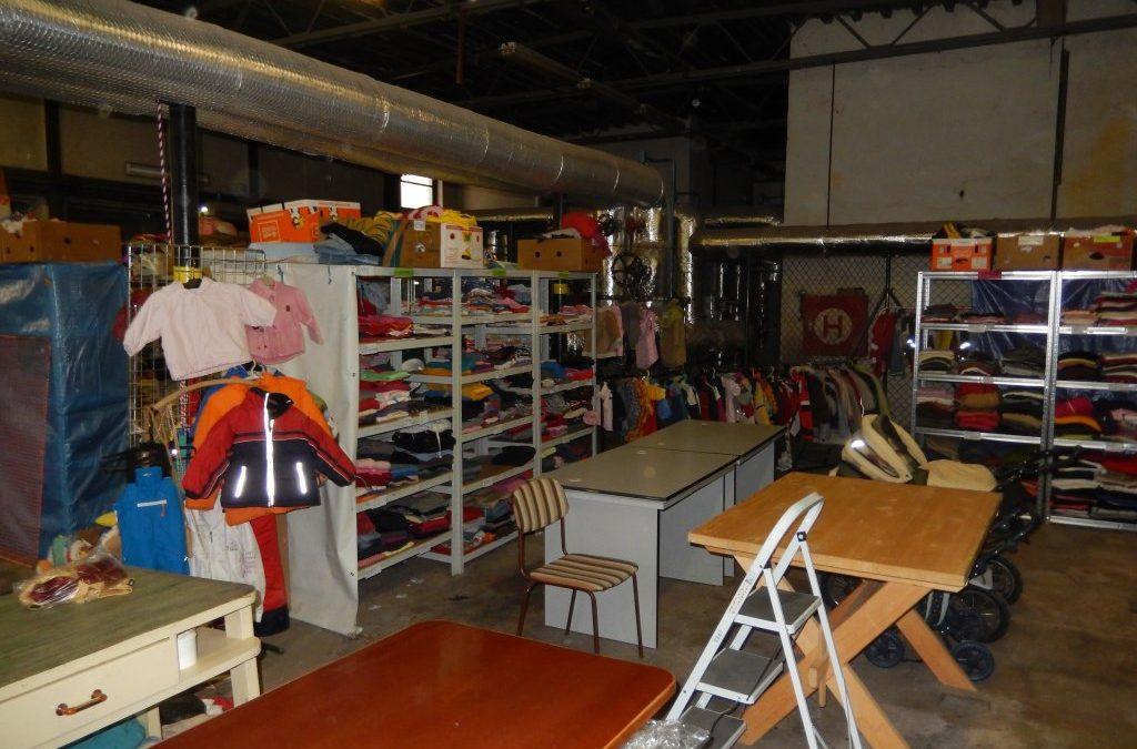Charitativní sbírka oblečení a hraček