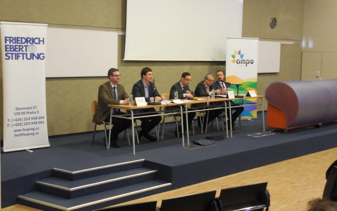 TOP tým uspořádal pod hlavičkou Asociace mládežnických politických organizací panelovou diskusi o V4 a evropské integraci